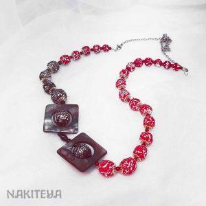Rdeča ogrlica