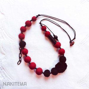 polstena ogrlica rdeča - 1000